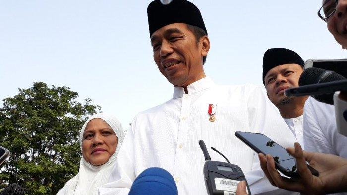 Jokowi Harus Korbankan Proyek Infrastruktur Demi Bereskan Corona